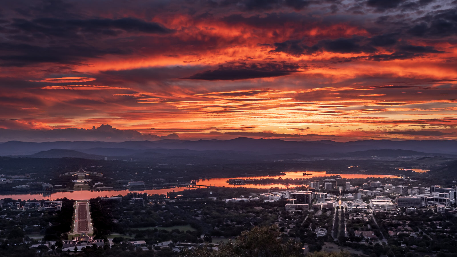 Fire in the Canberra Sky
